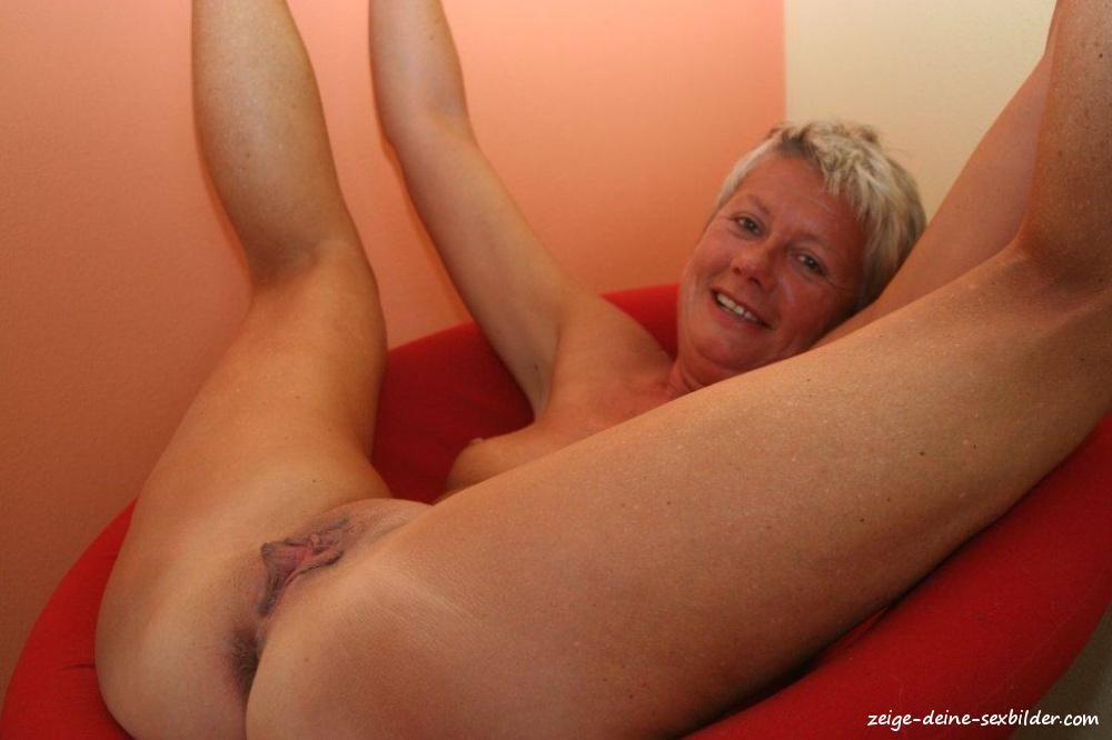 Sexbilder zeige Geile Oma