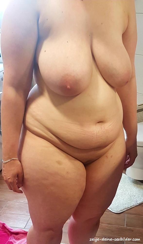 Nackt meine muschi Nackt im