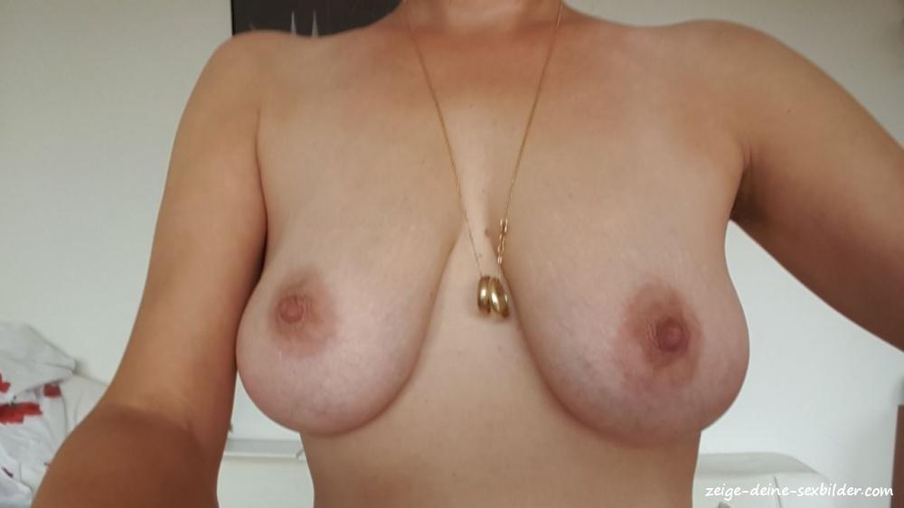 Nackt schwiegermutter Meine Schwiegermutter