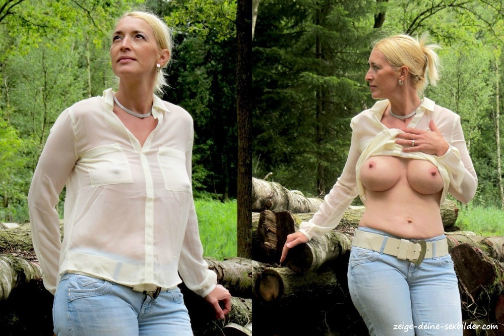 Nackt Und Bekleidet