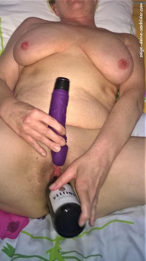 Sexbilder oma Grandma's Boy